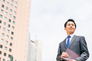 新規開拓に励む営業マン